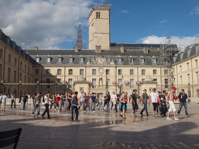 Посещаем город парков и церквей - Дижон