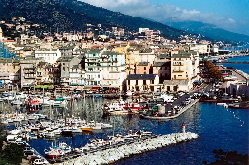 Путешествуем по Франции  - посещаем город Бастия