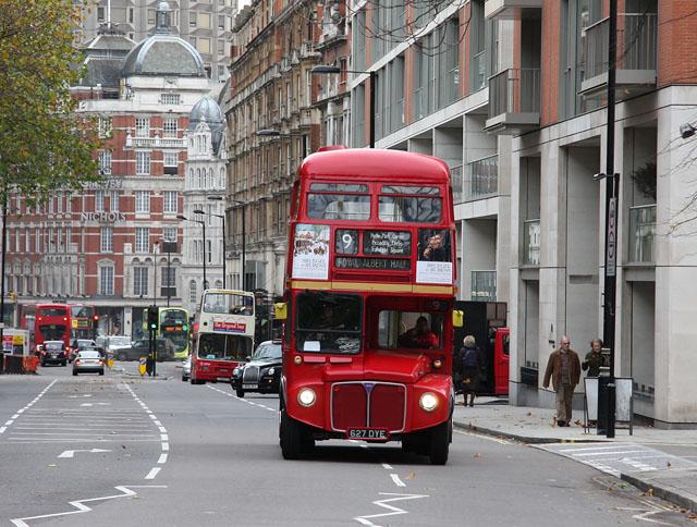Знакомимся с городским транспортом Великобритании