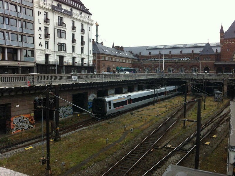 поездов и автомобилей Дании
