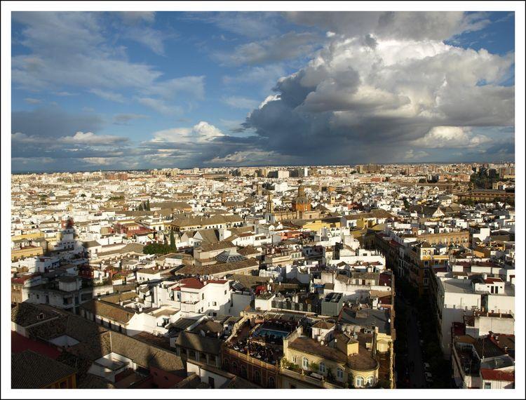 Едем на экскурсию испанский город Севилья