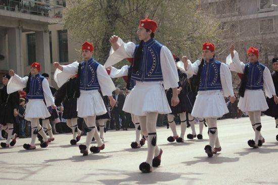 Знакомимся с  обычаями и традициями Греции