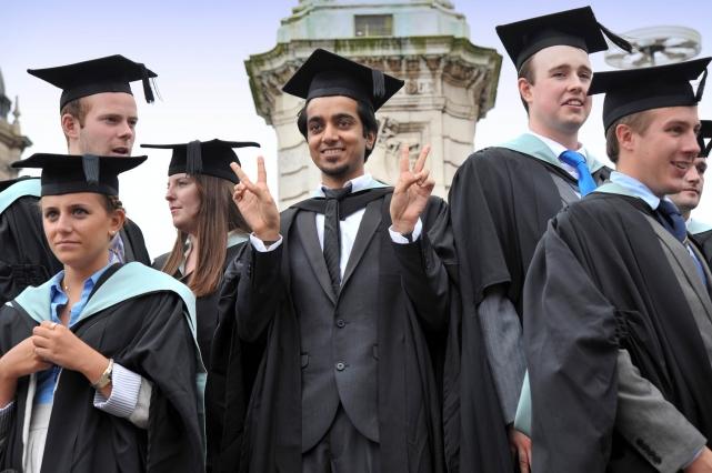 Стоит ли получать высшее образование в Великобритании