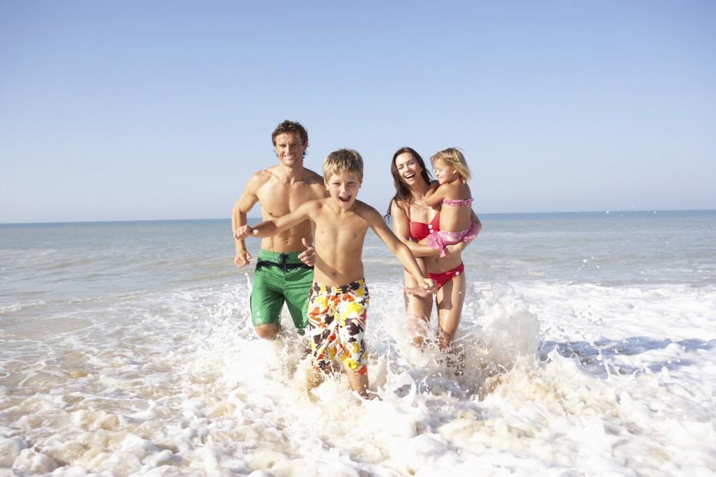 Куда лучше всего отправиться в путешествие в летнюю пору года?